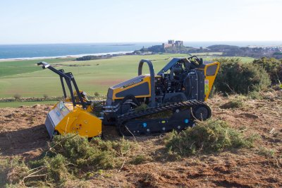Fast, safe, productive! ROBOCUT keeps stunning landscape in trim